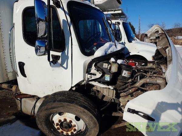 Freightliner M2 106 Truck 2014 (1 Unit)