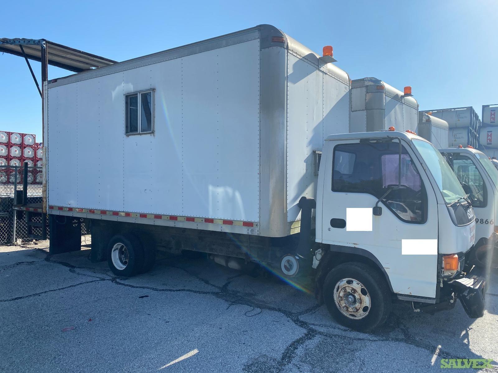 Isuzu NPR Trucks 1998-2001 // Mileage Unknown (5 Units)