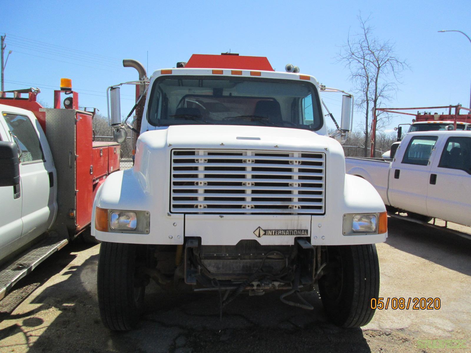 International 4900 Truck 2009