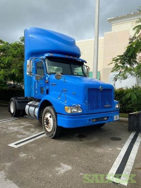 International 9100i Tractor 2001