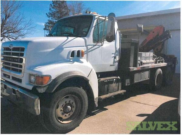 2002 Sterling LT9513 Truck