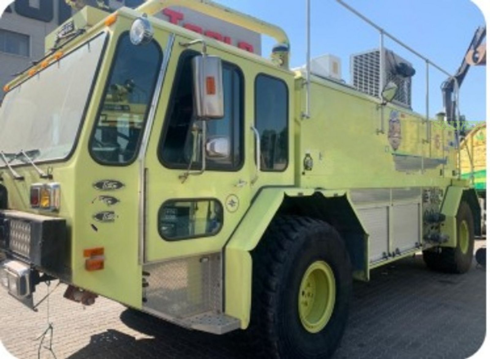 E-One ARFF Vehicle 801 Fire Truck 1995 & 2007 (2 Units)