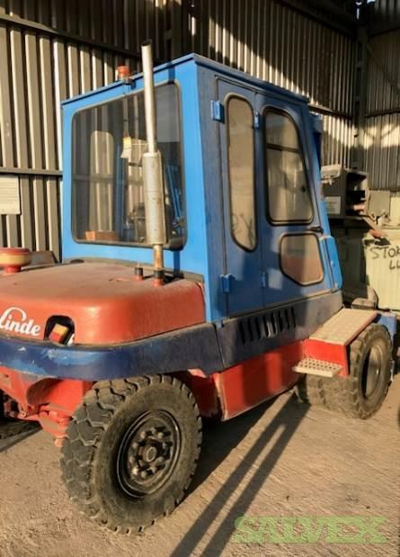Linde and Komatsu Brand Forklifts (2 Units)