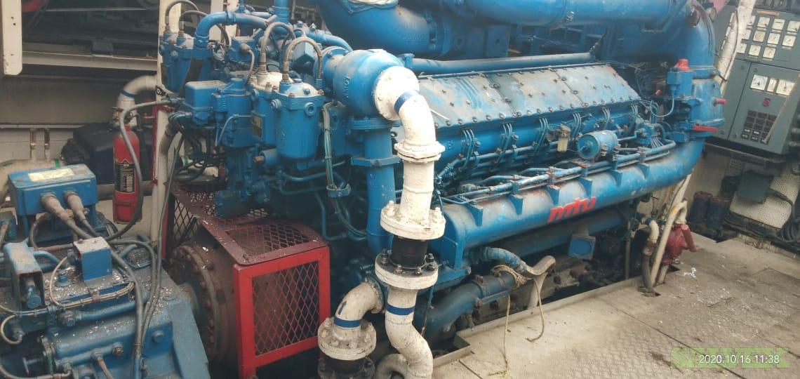 MTU 12V538 Marine Engines with Gearboxes 1995 (2 Units)