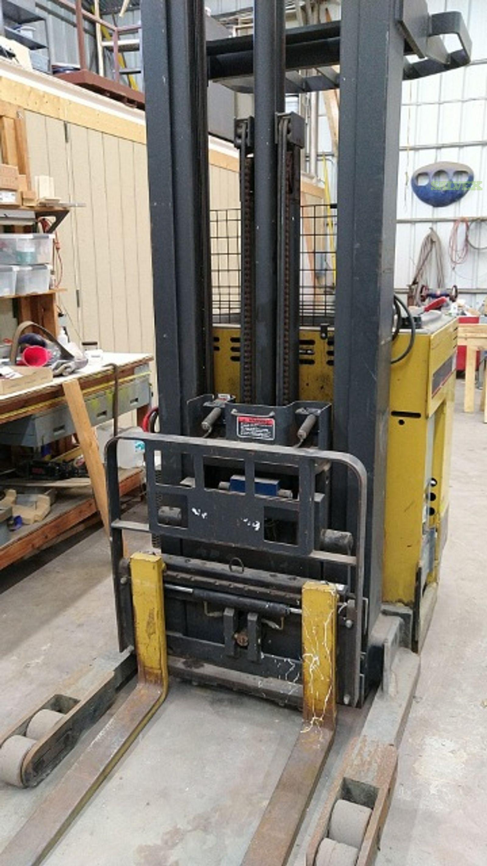 Caterpillar electric forklift NRR40