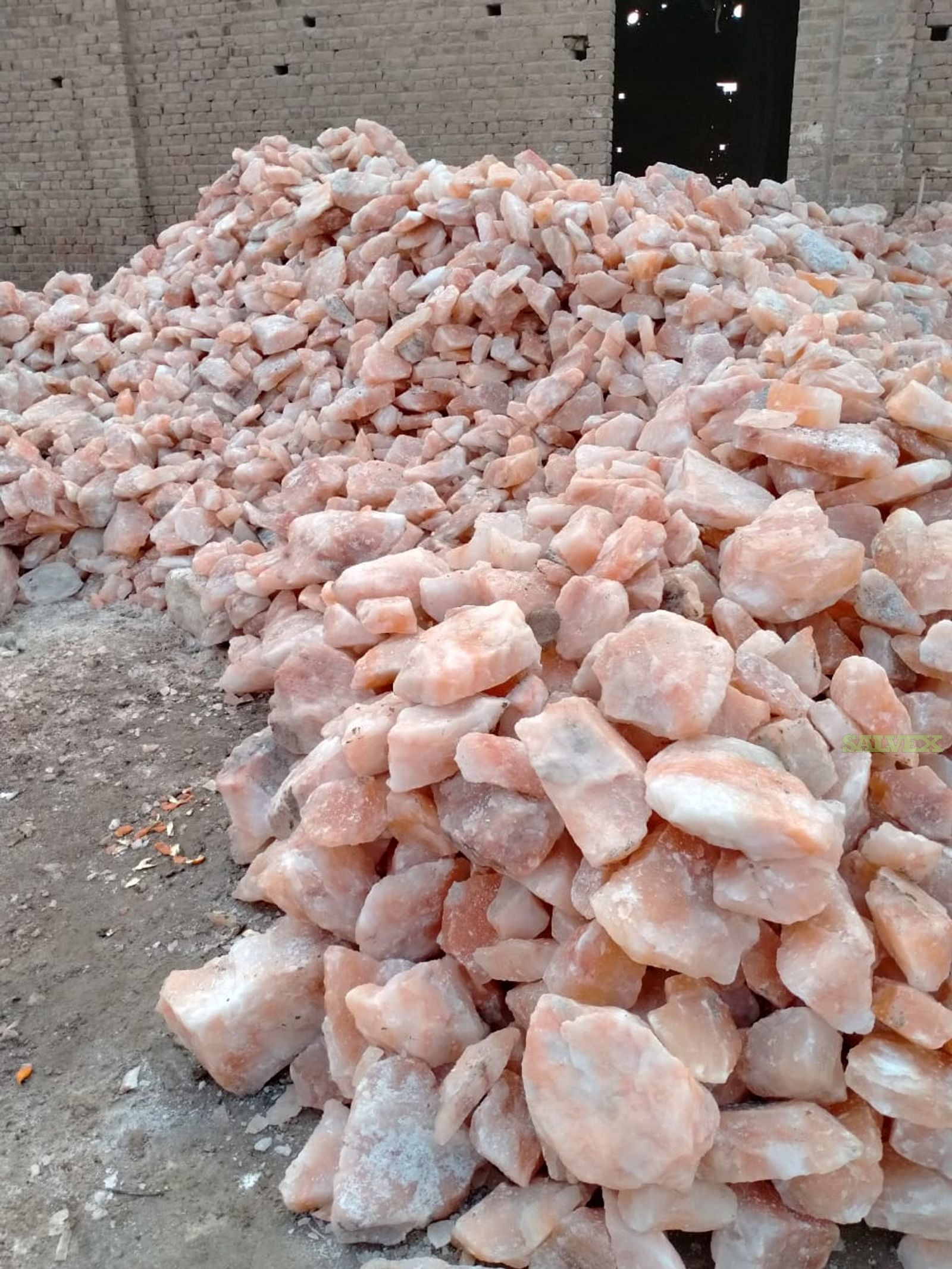 Pink Himalayan Salt in 110 LBS Bags 1 Container (55000 Lbs)