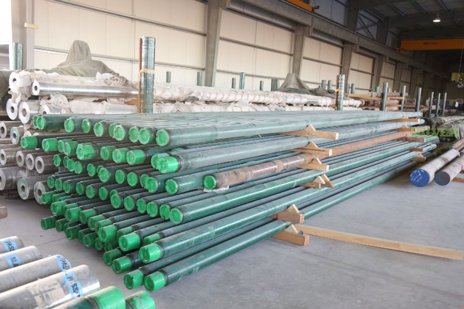 Drill Collar and Heavy Weight  Drill Pipe // 4145 H GRADE: 4145 H MOD ACCORDING TO API 7-1 LATEST EDITION (190 Pieces)