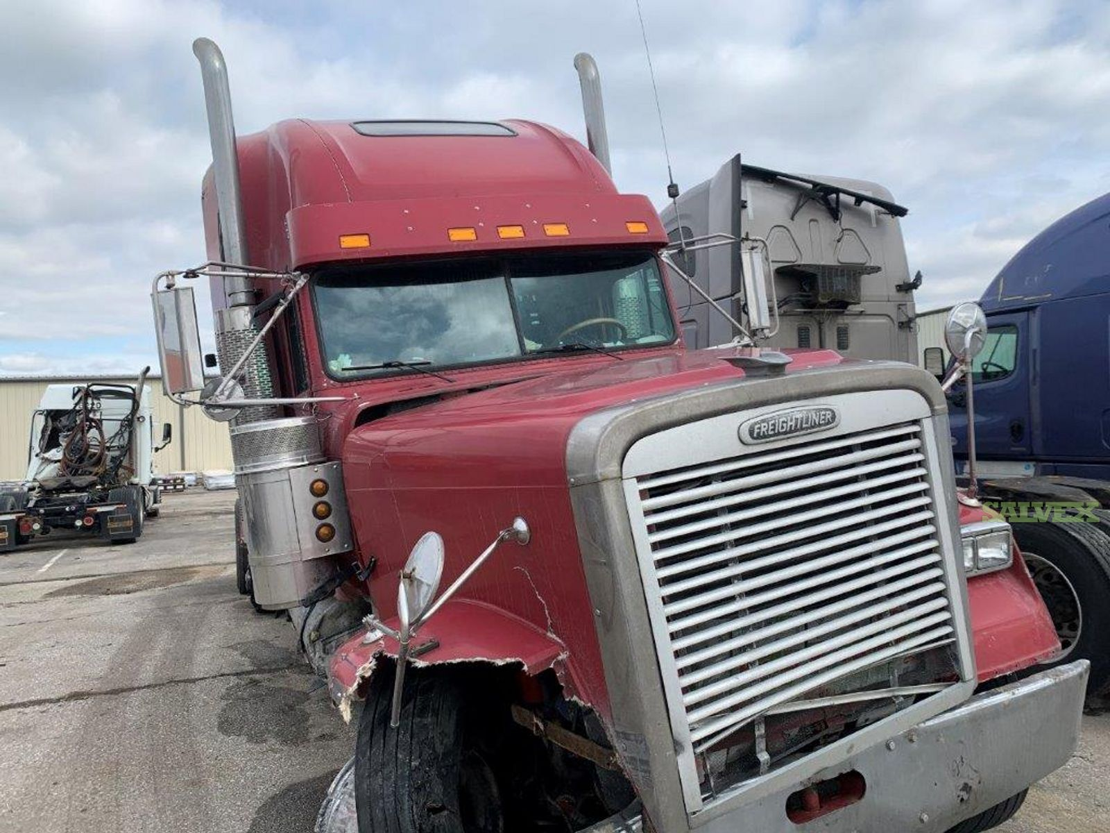 Freightliner FLD120 Conventional Cab 1999