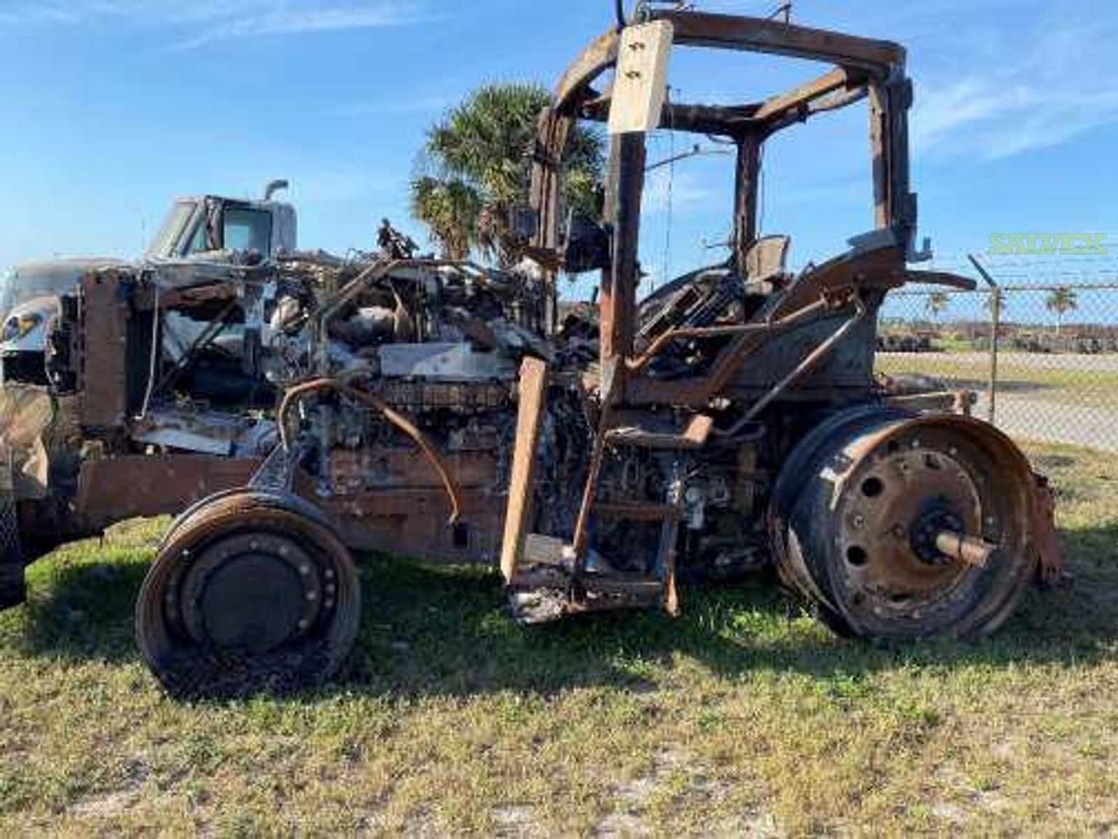 7210R John Deere Rental Tractor, 2018 (Burned)