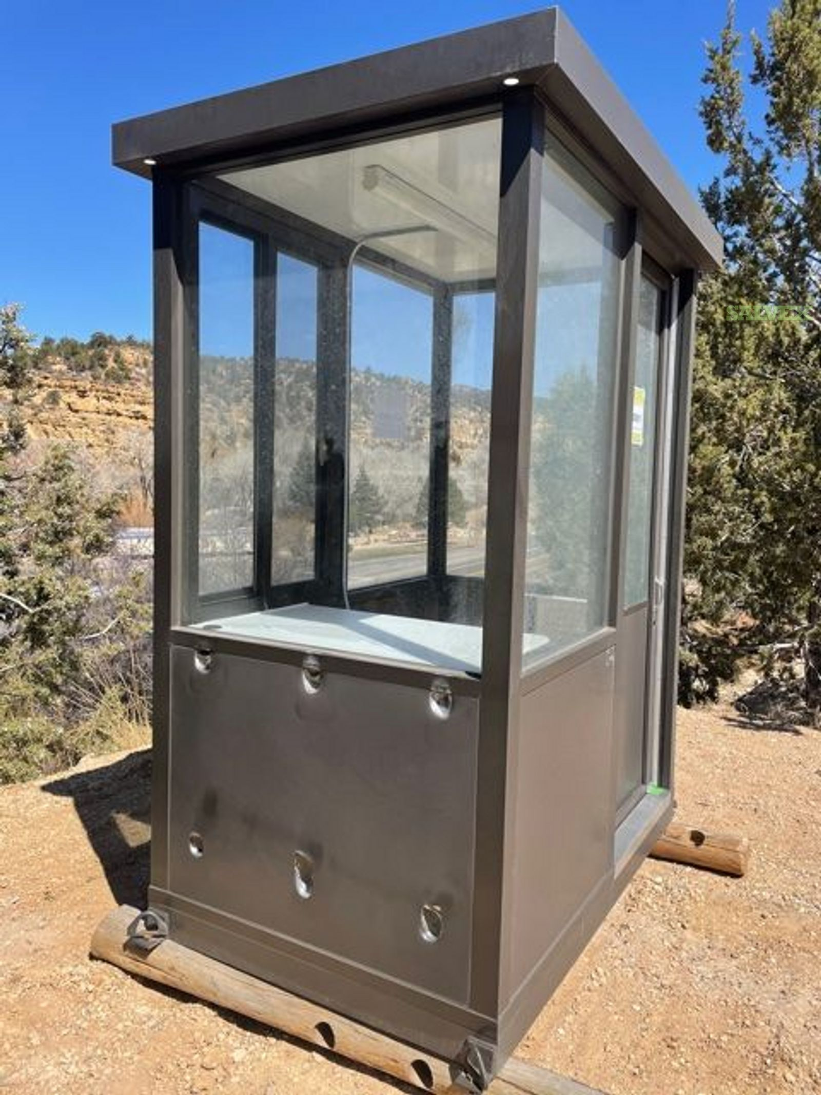 Guardhouse/Booth- Damaged (1 Unit)