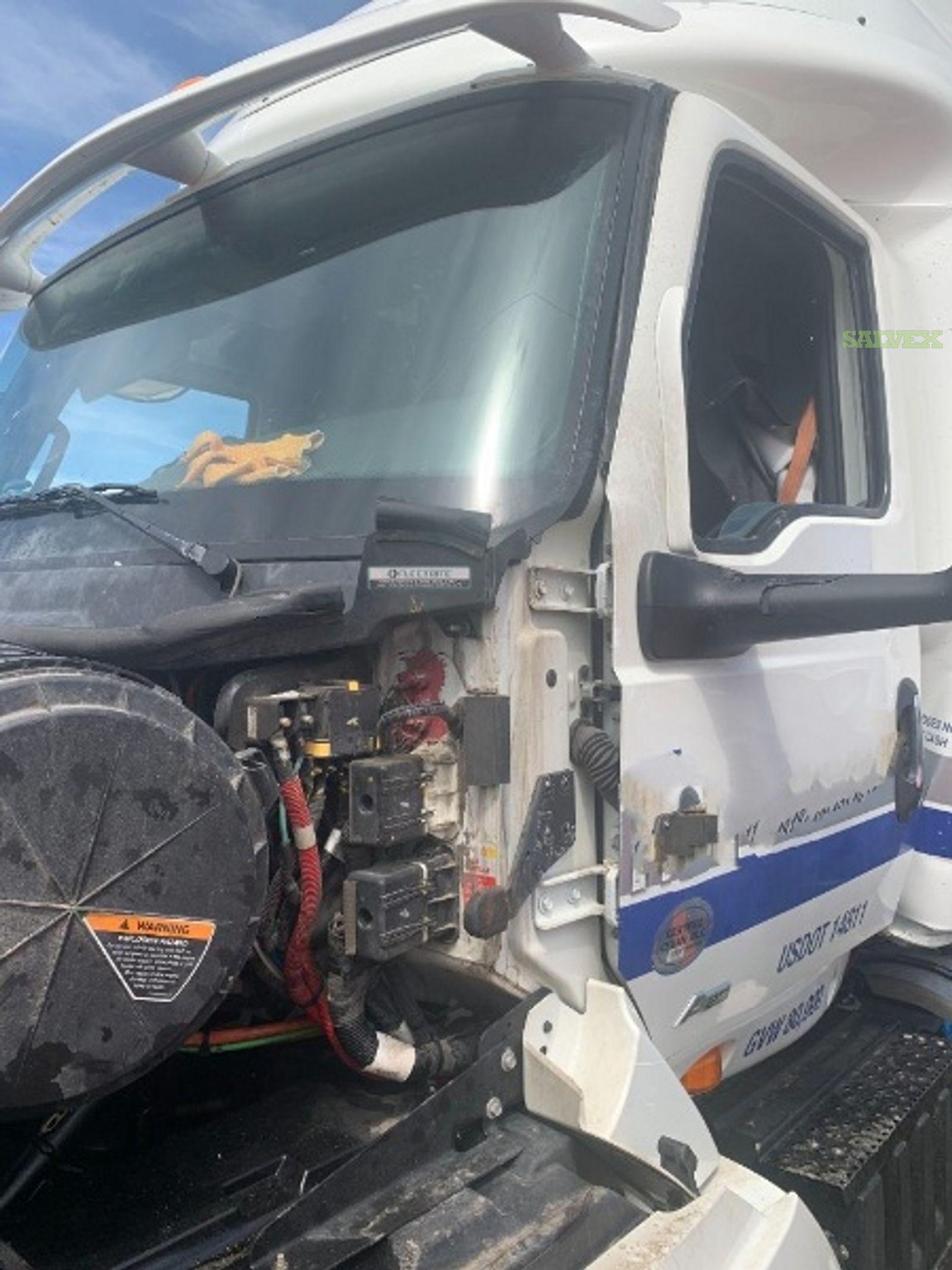International RH Series Truck 2020 (1 Unit)