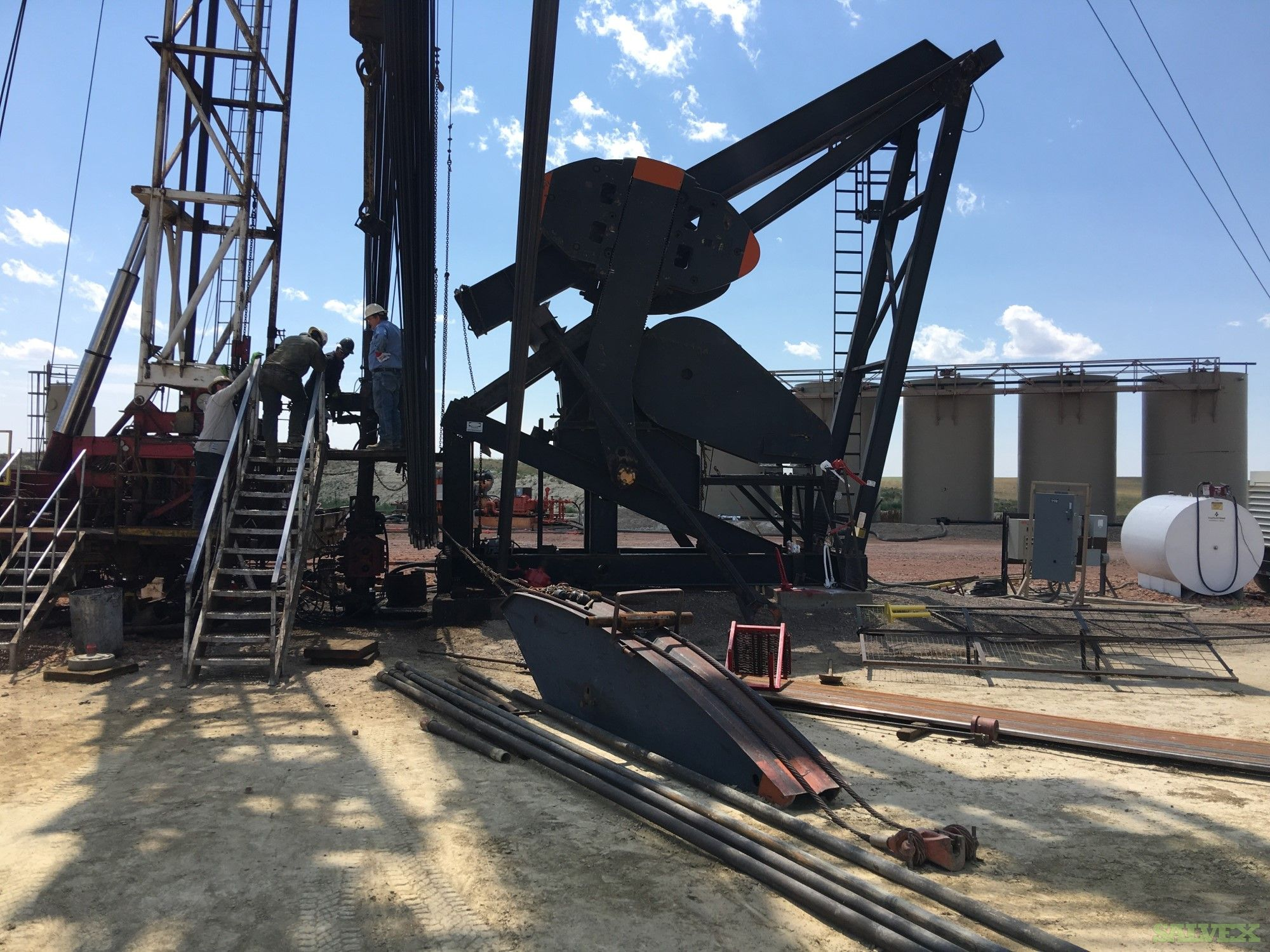Production Set Lufkin 640D Pumping Unit with 2 7/8 Tubings , Rods, Tanks & More (9,500 Ft Well) (1 Unit)