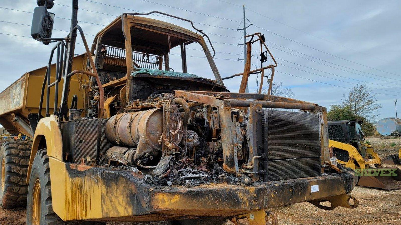 Caterpillar 730C Articulated Dump Truck - Damaged