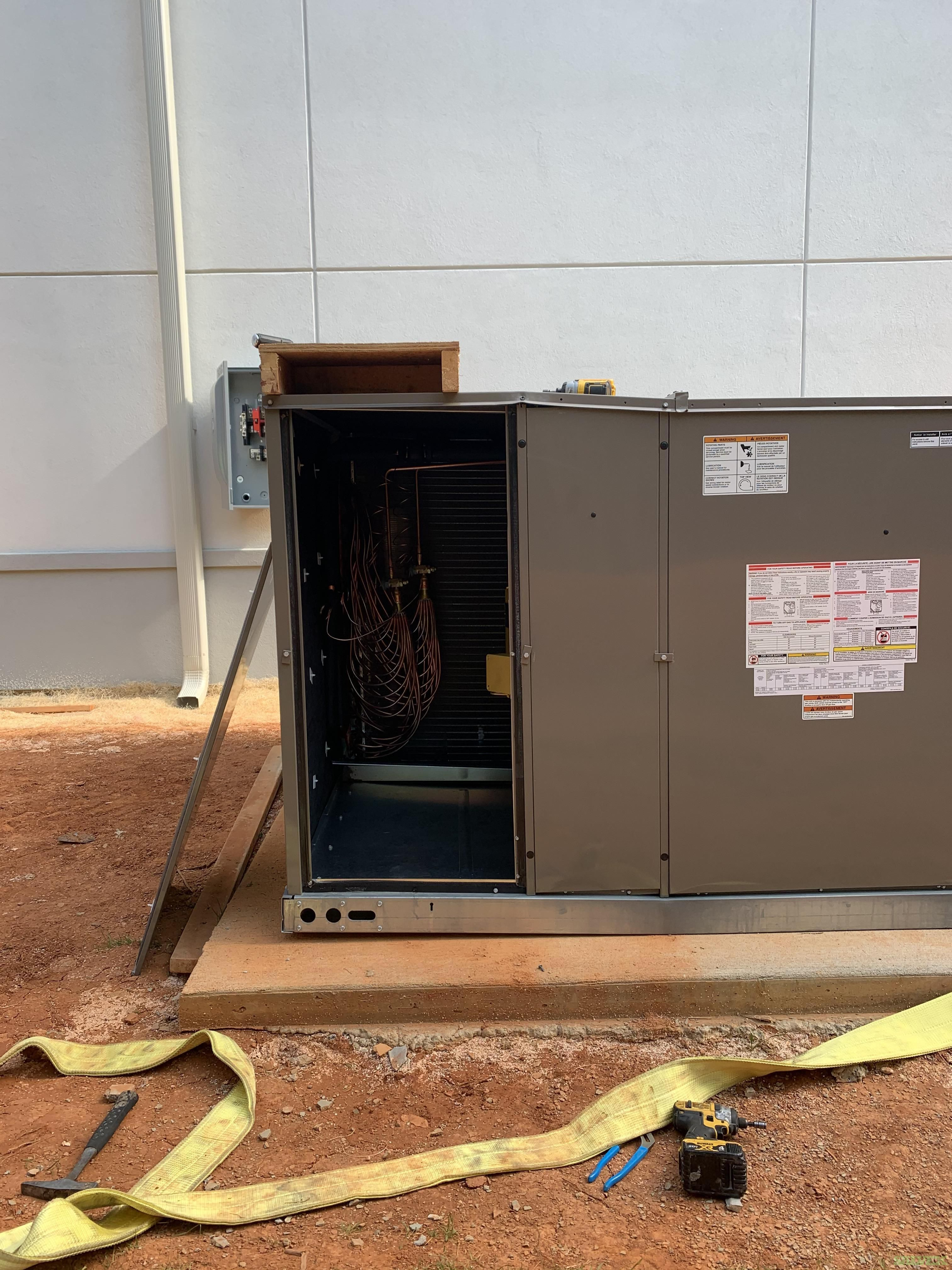 York ZF240N40R2C1AAA1A1 Heating and Air Conditioning Unit (1 Unit)