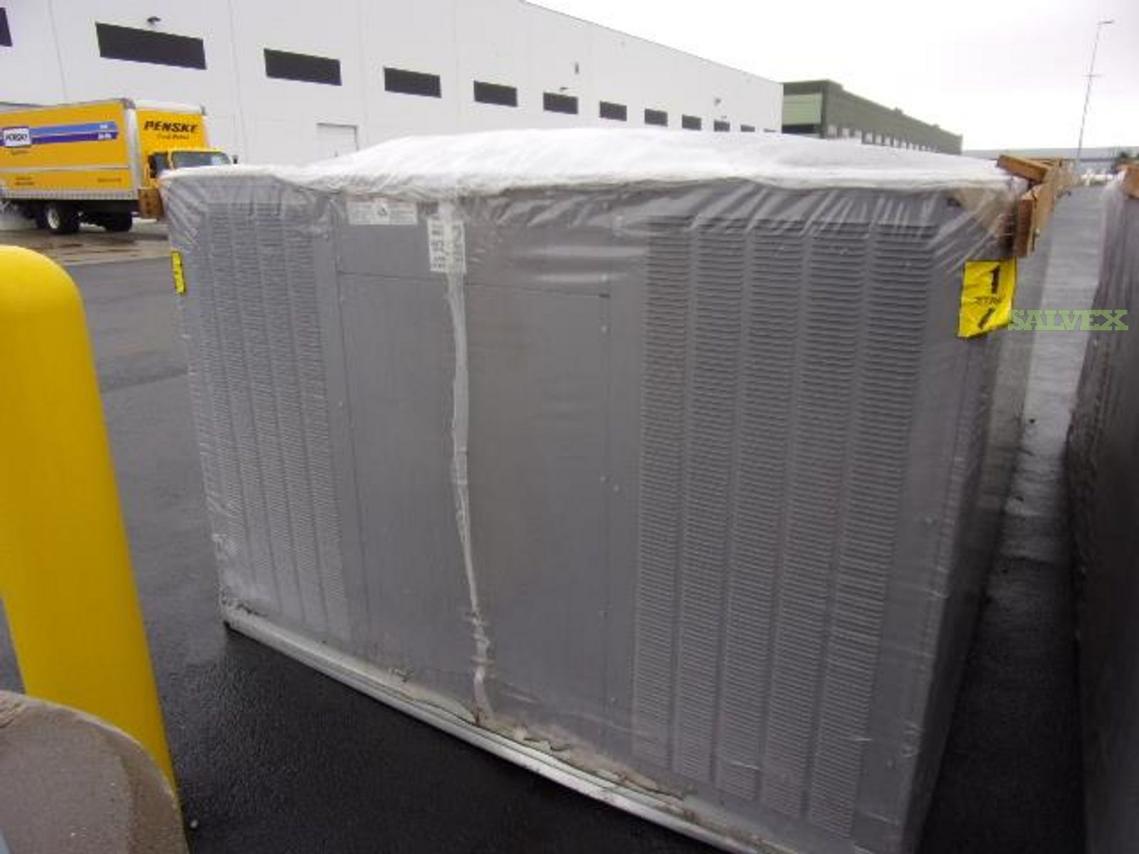Carrier Gas Heat Packaged Rooftop Air Conditioner (3 Units)