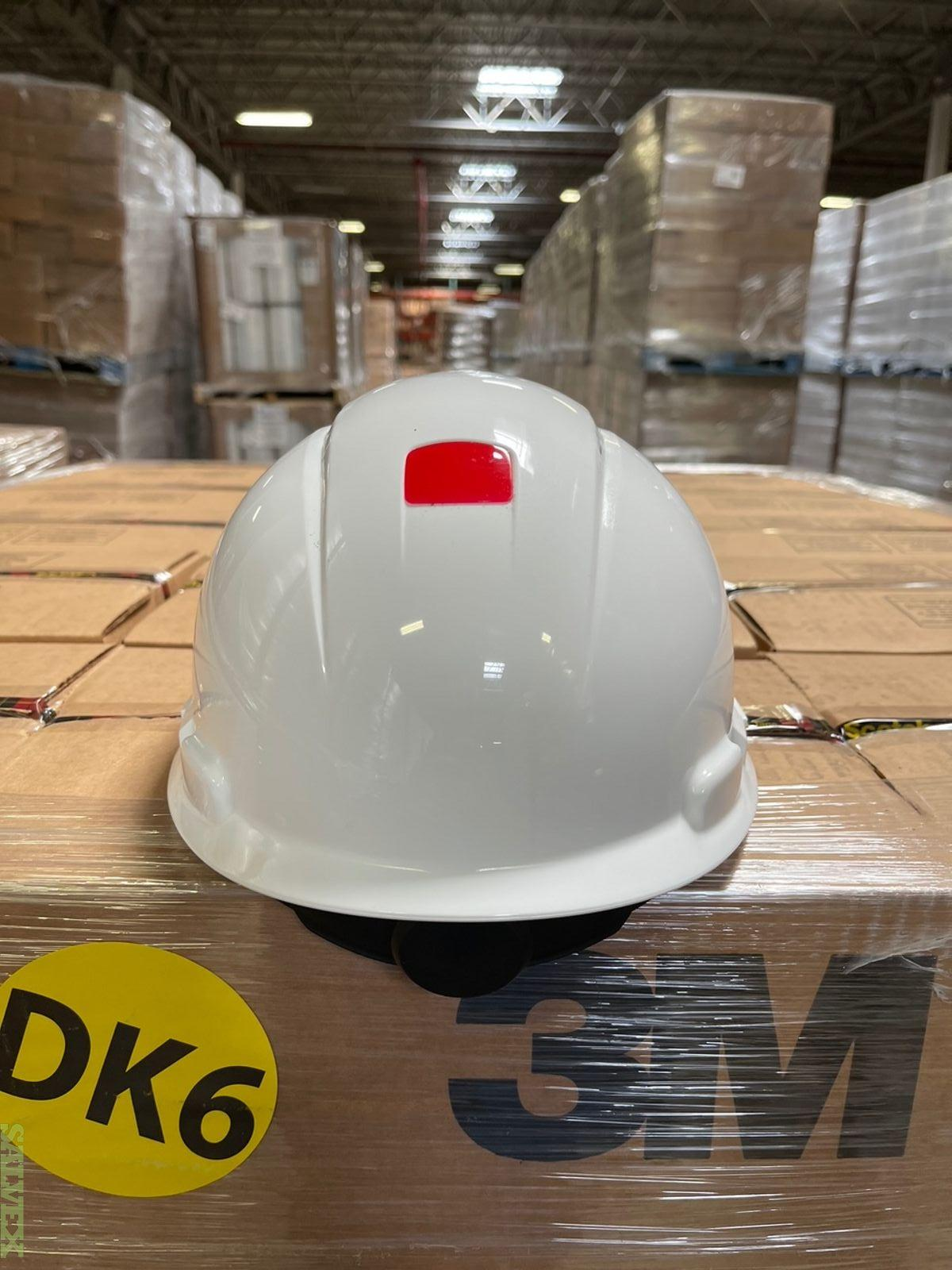 3M Brand Hard Hats All in White Color (680 Units)