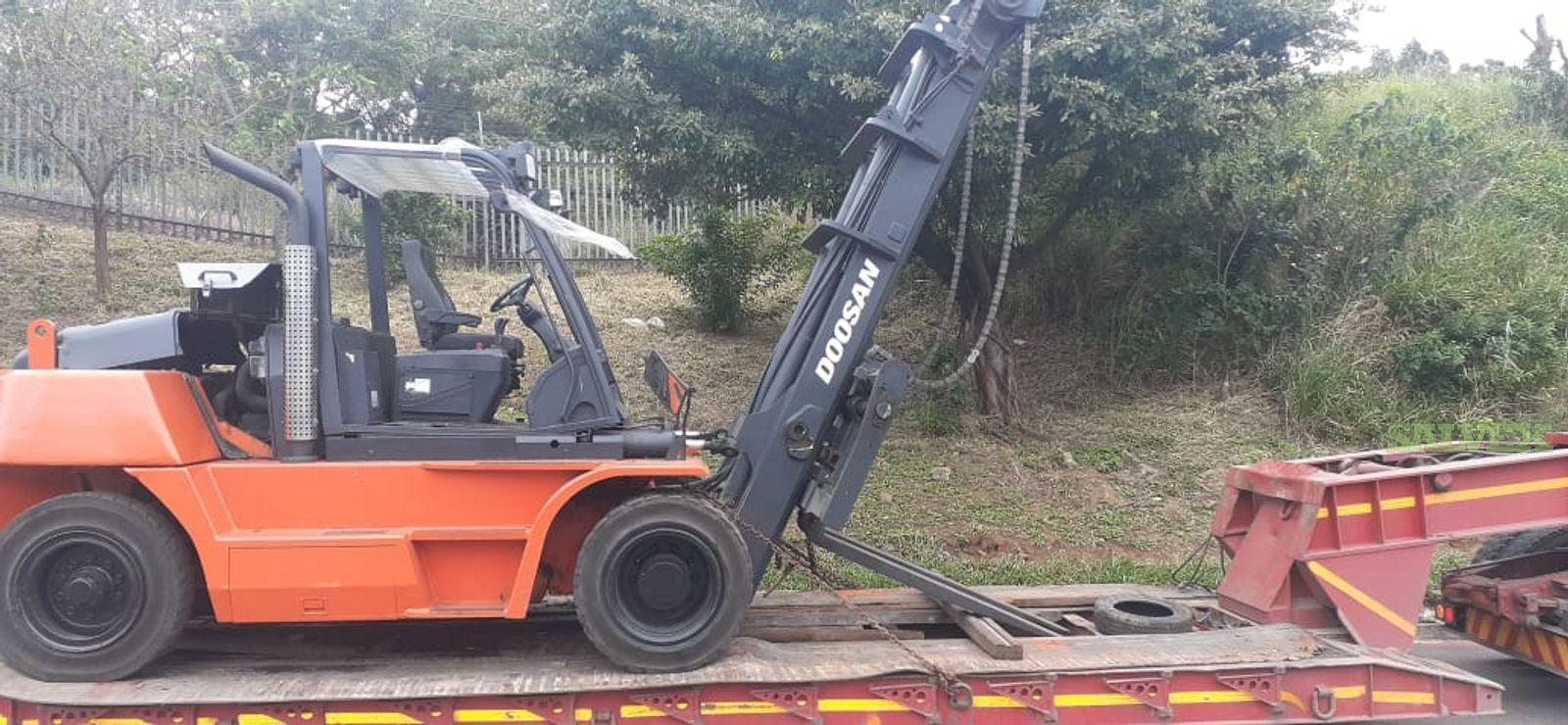 Doosan D130S-5 13-Ton Diesel Forklift 2012