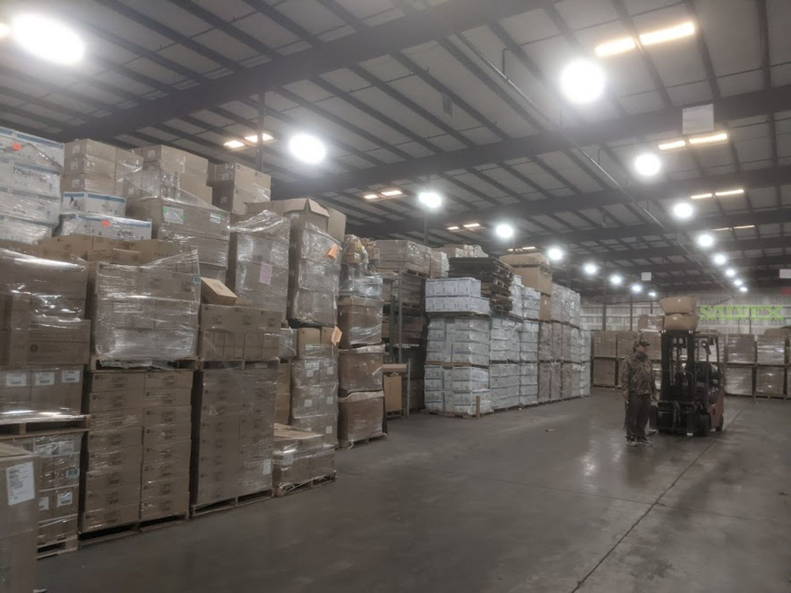 GE Bulbs and Ballasts ( 221,486 Pieces/ 8 Truckloads)