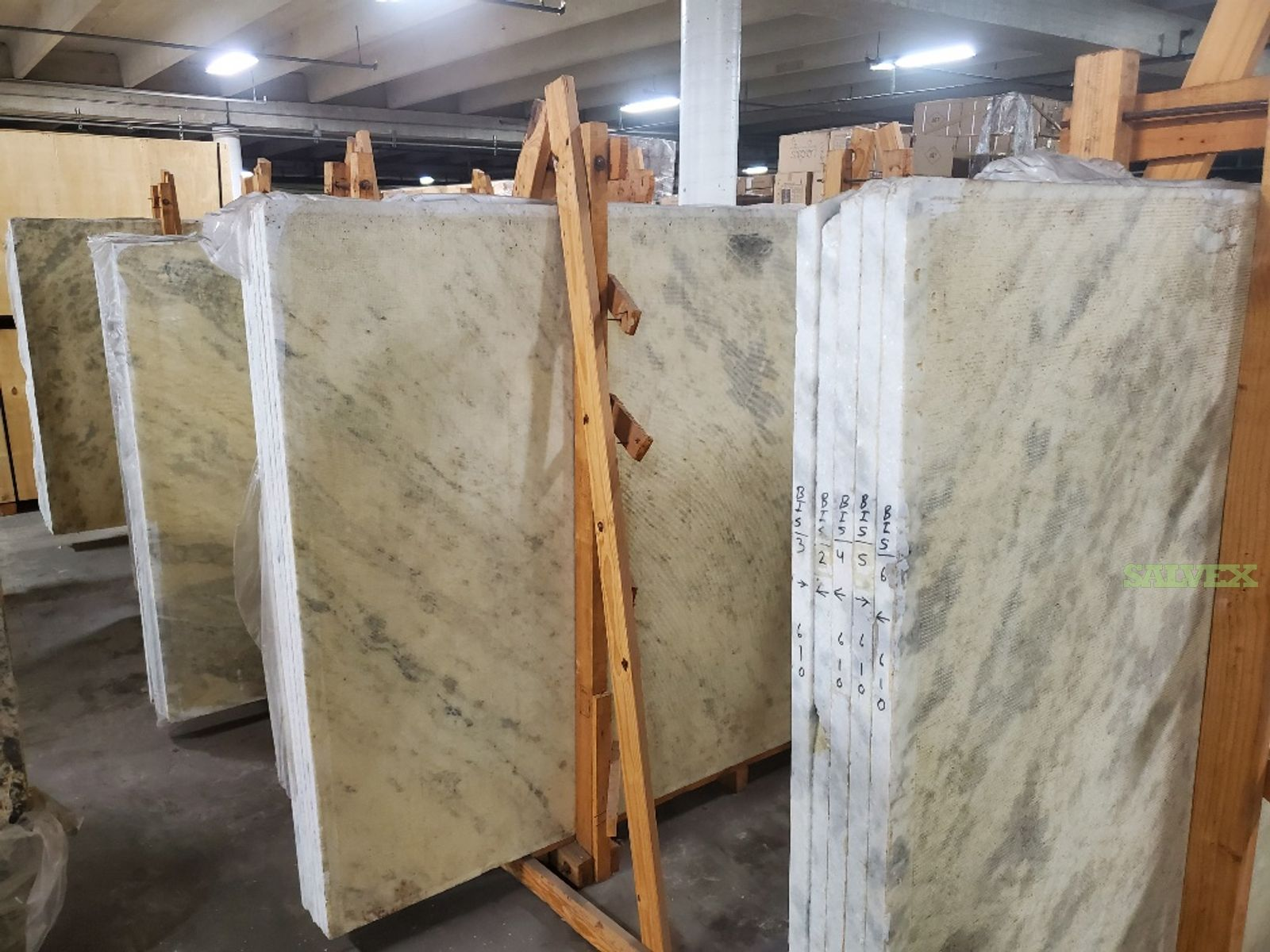 Polished Marble/Granite Slabs  ( 16 Bundles / 124 Slabs ) in Florida