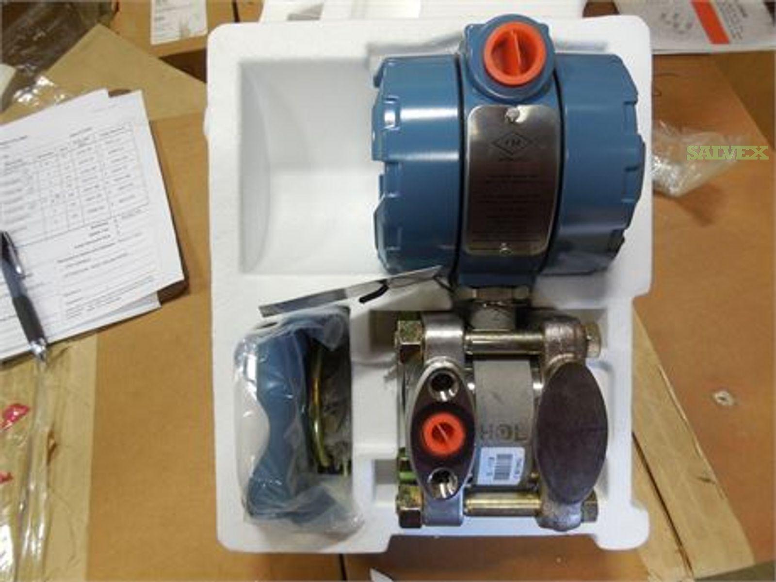 Rosemount Pipe Mount Pressure Gauge Transmitter 0-750 IN. H20 - New (1 Unit)
